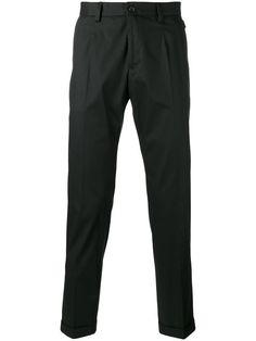 DOLCE & GABBANA tapered trousers. #dolcegabbana #cloth #trousers