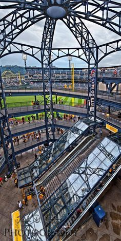 Family Activities in Pittsburgh. Zoos, Museums, Amusement Parks and More from the Official Pittsburgh Travel Resource, VisitPittsburgh.com