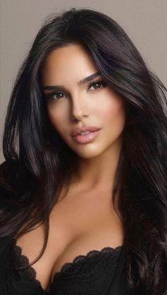 Most Beautiful Faces, Beautiful Women Pictures, Beautiful Eyes, Gorgeous Women, Brunette Beauty, Hair Beauty, Woman Face, Pretty Face, Beauty Women
