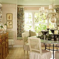 A chic, sophisticated dining room.