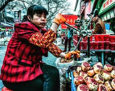 Fresh squeezed #pomegranate juice in Xi'An China.