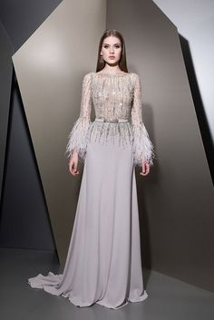Ziad Nakad Ready To Wear Herbst / Winter Hijab Evening Dress, Hijab Dress Party, Evening Dresses, Haute Couture Dresses, Couture Fashion, Elegant Dresses, Beautiful Dresses, Bridal Dresses, Prom Dresses
