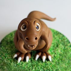 Savory magic cake with roasted peppers and tandoori - Clean Eating Snacks Dinosaur Cake Toppers, Dino Cake, Dinosaur Birthday Cakes, Dinosaur Party, Mini Tortillas, Cake Topper Tutorial, Fondant Tutorial, Fondant Figures, Cake Dutchess