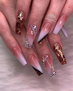 nails - Luxurious and Glamorous Nail Look tha size 💎✨🤩🤩🤩 Tag and share with your bestie Glam Nails, Dope Nails, Bling Nails, Stiletto Nails, 3d Nails, Pastel Nails, Coffin Nails, Nail Swag, Fabulous Nails