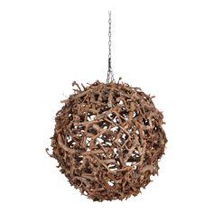 Houten bol lamp. Deze unieke, houten lamp geeft uw ruimte een natuurlijke uitstraling. Hanglamp (met één verlichtingspunt) gemaakt van een stalen bolle frame met daarom heen brocante perentakken. Hanglamp zit vast aan een zwarte ketting (50 cm) om de lamp aan het plafond te kunnen bevestigen. Doorsnee van de lamp is circa 70 cm. Chandelier, Ceiling Lights, Home Decor, Woodworking, Candelabra, Decoration Home, Room Decor, Chandeliers, Outdoor Ceiling Lights