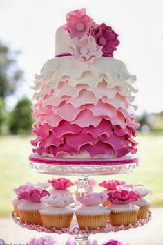 pink wedding cakes and cupcakes