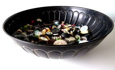the button bowl Button Bowl, Decorative Bowls, Buttons, Cats, Home Decor, Gatos, Decoration Home, Room Decor, Cat