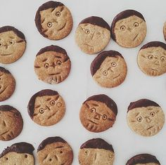 face cookies