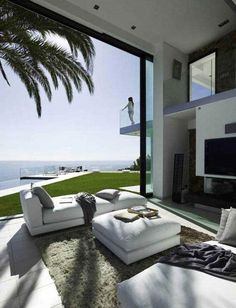 Luxurious Houses With Stunning Architecture And Interior Design | Architecture, Art, Desings - Daily source for inspiration and fresh ideas on Architecture, Art and Design #Luxuryhouses #LuxuryBeddingOceanViews