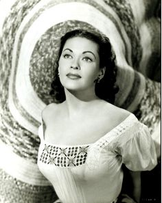 Yvonne De Carlo - around 1950