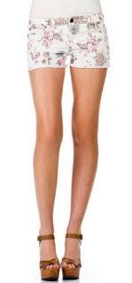 A Girls Best Friend: Francescas fun floral cutoff shorts!