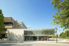 Galeria de Livraria da Universidade de British Columbia / office of mcfarlane…