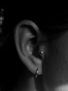 tragus piercing-- getting this done next weekend!!! weee