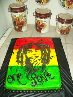 - Bob Marley Cake I want one bad lol 25th Birthday Cakes, Birthday Cakes For Women, Cupcakes, Cupcake Cakes, Bob Marley Cakes, Rasta Party, Birthday Themes For Adults, Cupcake Boutique, Carribean Food