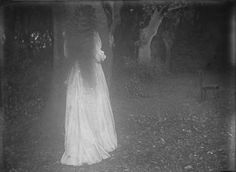 unefemmediscrete: Eléonore d'Uckermann , Villa Médicis... #Blood_Milk #BLOOD_MILK_ #Arts