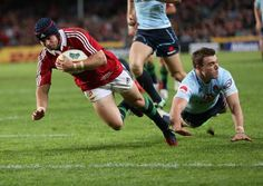 Leigh Halfpenny scores against the Waratahs Lions 2013