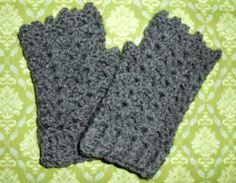 free pattern - shell fingerless gloves