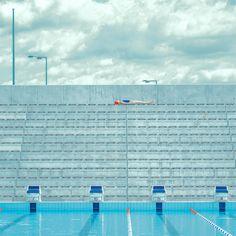 New Conceptual Swimming Pool Photography by Maria Svarbova – Fubiz Media