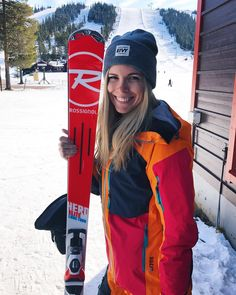 "1,816 Likes, 105 Comments - Sarah Magdalena ❄️ (@sarahmagdalena) on Instagram: ""Ski recommendations please! Looking to buy new skis for the upcoming season! I want something…"""