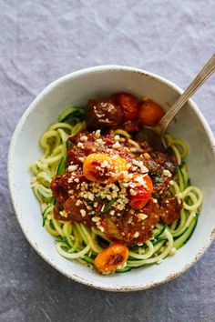 Vegetarian Zucchini Spaghetti w/ Red Sauce & Mushrooms! Easy to make, gluten-free, healthy, delicious!