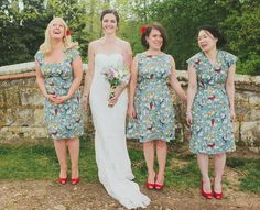 Great 50s pinup look! Floral print bridesmaid dresses http://www.mikiphotography.info/ #vintage #bridesmaids
