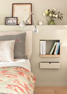For big or small bedrooms a simplebeautiful and original bedside table! - Architecture and Home Decor - Bedroom - Bathroom - Kitchen And Living Room Interior Design Decorating Ideas - Home Bedroom, Bedroom Furniture, Bedroom Decor, Bedroom Ideas, Custom Furniture, Bedroom Wall, Wall Decor, Small Room Design, Ideas Hogar