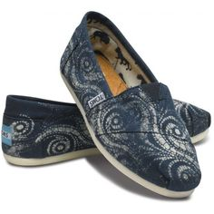 TOMS Gabriel Lacktman's Spiral Artist Shoes in Navy for Women 6.5 ($68) ❤ liked on Polyvore