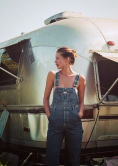 a few years ago i wanted to wear overalls again in the worst way. now they are everywhere. glad i bought up my vintage pairs early :)