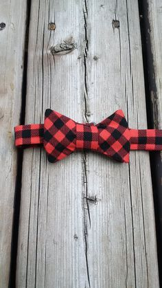TODDLER BOW TIE - adorable Robert Kaufman Beaver plaid cotton bow tie - pre-tied…