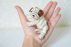 Hey, I found this really awesome Etsy listing at https://www.etsy.com/listing/206226636/needle-felted-english-bulldog-puppy