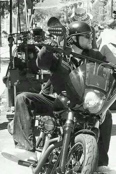 Jax Teller, in action, Sons of Anarchy Jackson Teller, Sons Of Anarchy Samcro, Sons Of Anarchy Motorcycles, Charlie Hunnam Soa, Biker Boys, Jax Teller, Motorcycle Clubs, Ride Or Die, Por Tv