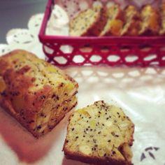 季節外れですが、甘露煮が余ってたので(^ ^) 芋入れすぎた! - 194件のもぐもぐ - さつまいもと栗のパウンドケーキ* by harukas2