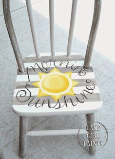 Childrens chairs - Best DIY Projects and Recipe Party Hand Painted Chairs, Hand Painted Furniture, Funky Furniture, Paint Furniture, Repurposed Furniture, Furniture Projects, Furniture Makeover, Painted Rocking Chairs, Painted Tables