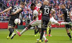 Bertrand Traoré Gandakan Skor Keunggulan Ajax - Pokerhidden