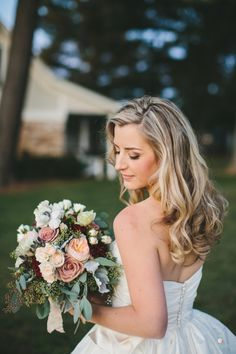 Rustic-chic fall bouquet: http://www.stylemepretty.com/maryland-weddings/monkton/2016/07/19/how-to-mix-rustic-chic-with-black-tie-elegance/ | Photography: Readyluck - http://readyluck.com/