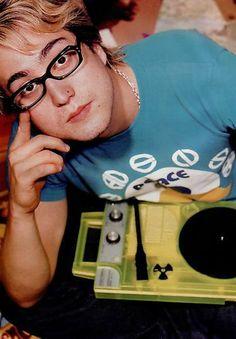 Sean Lennon Sean Lennon, Yoko Ono, A Day In Life, The Beatles, Bugs, People, Music, Beetles, Beatles