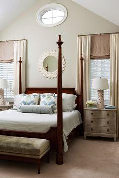 House of Turquoise: Liz Carroll Interiors Benjamin Moore Gray Mirage House Of Turquoise, Home Bedroom, Master Bedroom, Bedroom Decor, Tan Bedroom, Bedroom Ideas, Luxury Interior Design, Interior Exterior, Benjamin Moore Gray