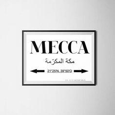 GEDRUCKTES Kunstbild Mecca Koordinaten in den Größen 8x10 Zoll (DIN A4) Format oder DIN A3 (Hochauflösend) Gestalten Sie ihre Wände nach moderner Art, islamischer Grafik. Bild wie dargestellt, allerdings können aufgrund des Monitoreinstellungen die Farben leicht abweichen. Nur für den