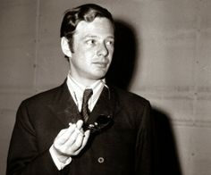 BEATLES  MAGAZINE: BRIAN EPSTEIN MADE ROCK´N´ROLL HISTORY BEHIND THE SCENES...