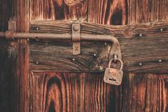 old wooden door- régi fa ajtó old wooden door - – Door Types Old Wooden Doors, Door Picture, Closing Costs, Creative Visualization, Spiritual Gifts, Types Of Doors, Safety And Security, Benetton, Free Images