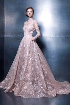 Fashion Friday: Ziad Nakad Elegance Vibes   http://brideandbreakfast.hk/2015/11/13/ziad-nakad-elegance-vibes/
