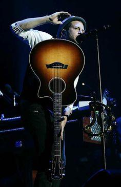 Weird guitar position, but okay Bass Cello, Guitar, Pop Rock Bands, Cool Bands, Ryan Tedder, Eddie Fisher, I Love Him, My Love, One Republic