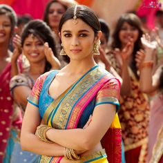 Get Alia Bhatt's Traditional Indian Look From 2 States