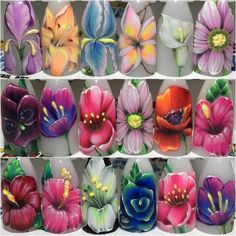 Another set of stylish flowers. You can match them with any colour. Stunning!