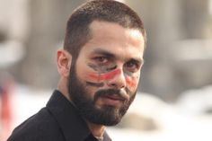 Film review   Haider Vishal Bhardwaj's adaptation of 'Hamlet' is a thrilling Oedipal drama, with Kashmir as its deeply tragic centre. #Film #Bollywood #WilliamShakespeare #Hamlet #Kashmir #India