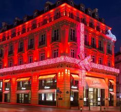 Bright holidays in #Paris #Cartier #Wintertale Merry #Christmas and happy holidays, everyone! #Womanfashion #Fashion #Style #Woman #Womanstyle #Lookcool #TimelessElegance #Instafashion #Cool #musthave #Menfashion #Menstyle #Casualstyle #Trendy #Elegance #Menstyle