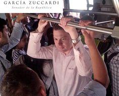 """En días recientes fue debatido al interior del Congreso los problemas operativos que sufren los sistemas de transporte masivo en las diferentes ciudades del país, a propósito de los accidentes presentados en el MIO de Cali y """"el paseo millonario"""" del que fue víctima un joven en Transmilenio.  A consideración el Senador Andres Garcia Zuccardi dijo que estos hechos: """"Ponen en peligro el funcionamiento del sistema, ya que los colombianos merecen calidad en el servicio, acompañada de seguridad."""""""