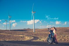 Engagement portrait at wind warm Summerland Photography/Sandy Summers Russell, Moses Lake, WA wedding photographer