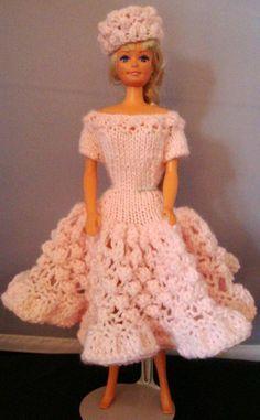 "free pattern Ladyfingers - Barbie - Party Dress with ""Popcorn"" stitch skirt"