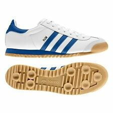 men's retro rom adidas shoes at DuckDuckGo Adidas Retro, Vintage Adidas, Adidas Outfit, Adidas Sneakers, Adidas Classic Shoes, Adidas Originals, Look Adidas, Sergio Tacchini, Fashion Shoes